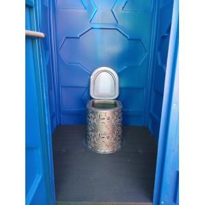Пластиковая туалетная кабина для дачи